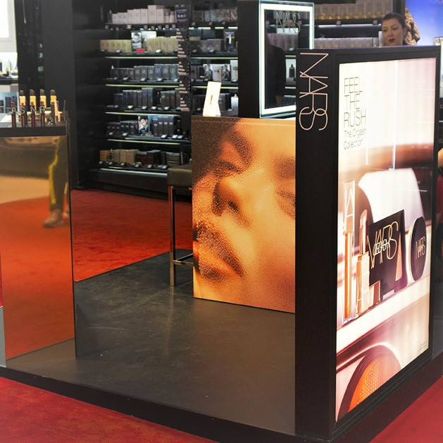 Nars : PLV cosmétique - Animation magasin, trade marketing