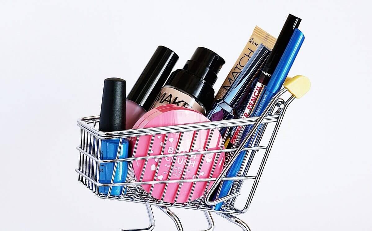 expositores productos cosmeticos